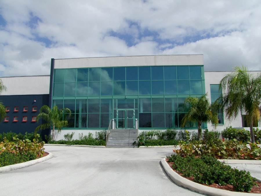 Commercial for Sale at Sea/Air Business Centre Warehouse and Offices on 20 Acres in prime location! Civic Industrial Area, Freeport And Grand Bahama, Bahamas