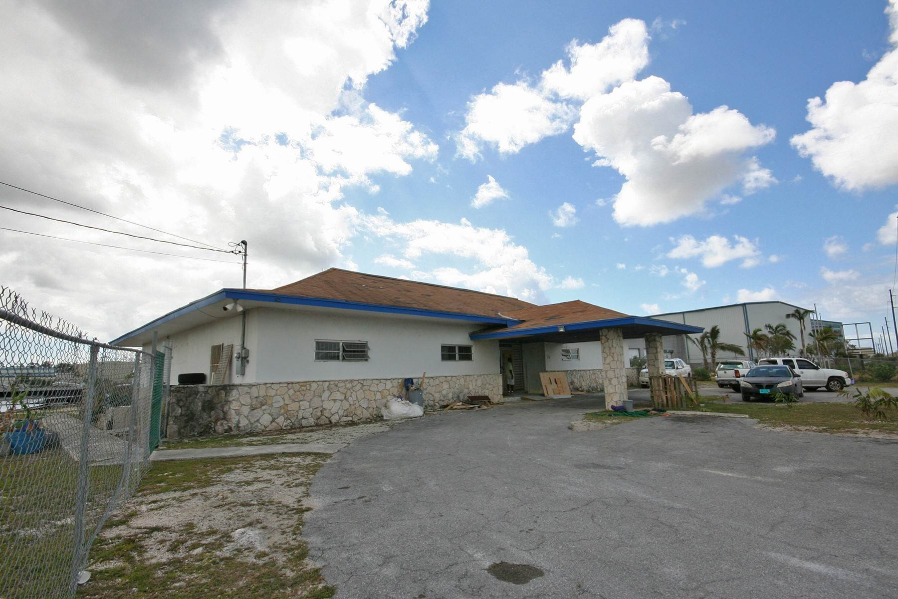 Commercial for Sale at Commercial Building On Queens Highway - Freeport Civic Industrial Area - MLS 29441 Civic Industrial Area, Freeport And Grand Bahama, Bahamas