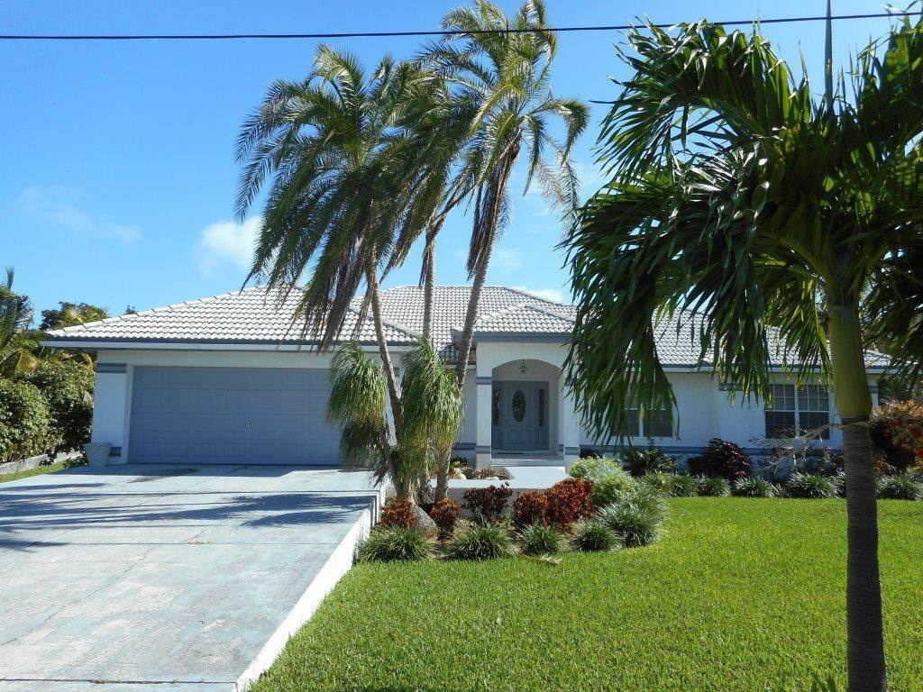 Single Family Homes for Sale at Florida Style Home With Beach Access Russell Island, Eleuthera, Bahamas