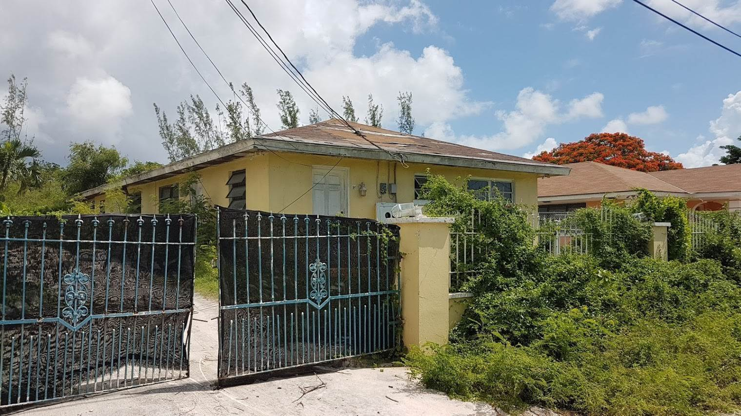 Multi Family for Sale at 270 Dorsett Subdivision Section 2, Triplex MLS 31200 Blue Hill Road South, Nassau And Paradise Island, Bahamas
