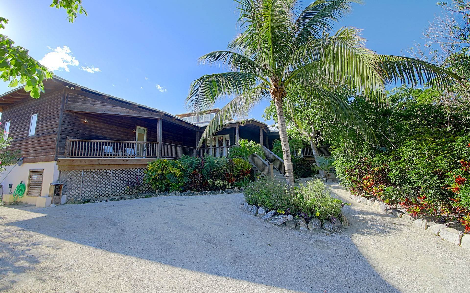 Single Family Homes for Sale at Green Turtle - Winding Bay - MLS 31750 Winding Bay, Abaco, Bahamas