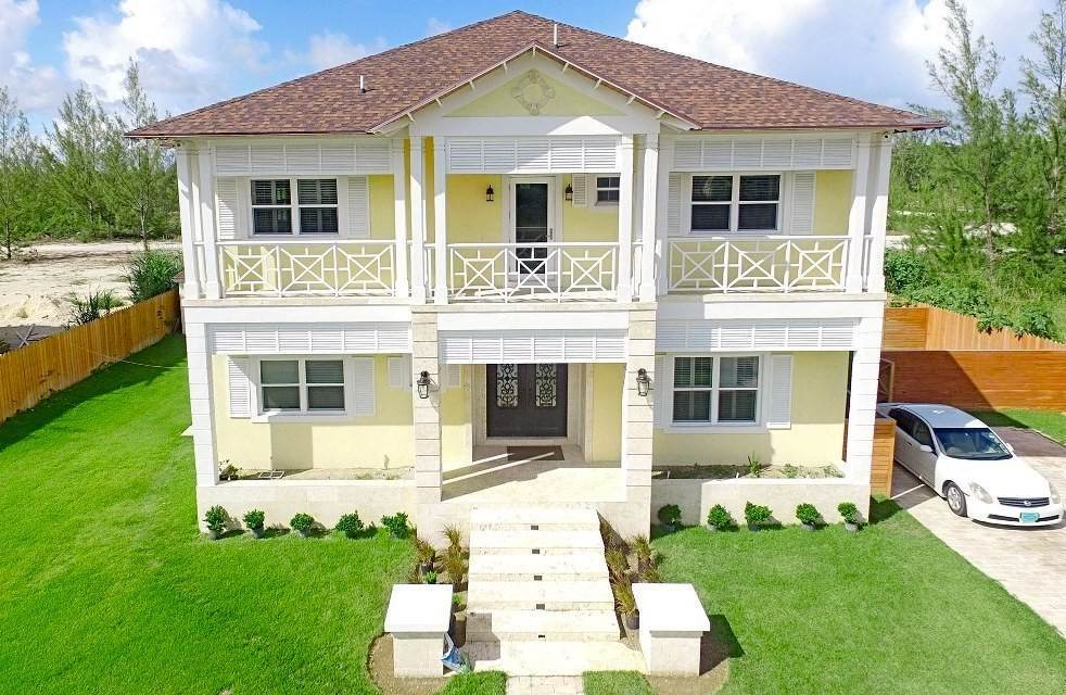 Single Family Homes for Sale at Prestigious Westridge Estate with Smart Home Features - MLS 33162 Westridge Estates, Westridge, Nassau And Paradise Island Bahamas