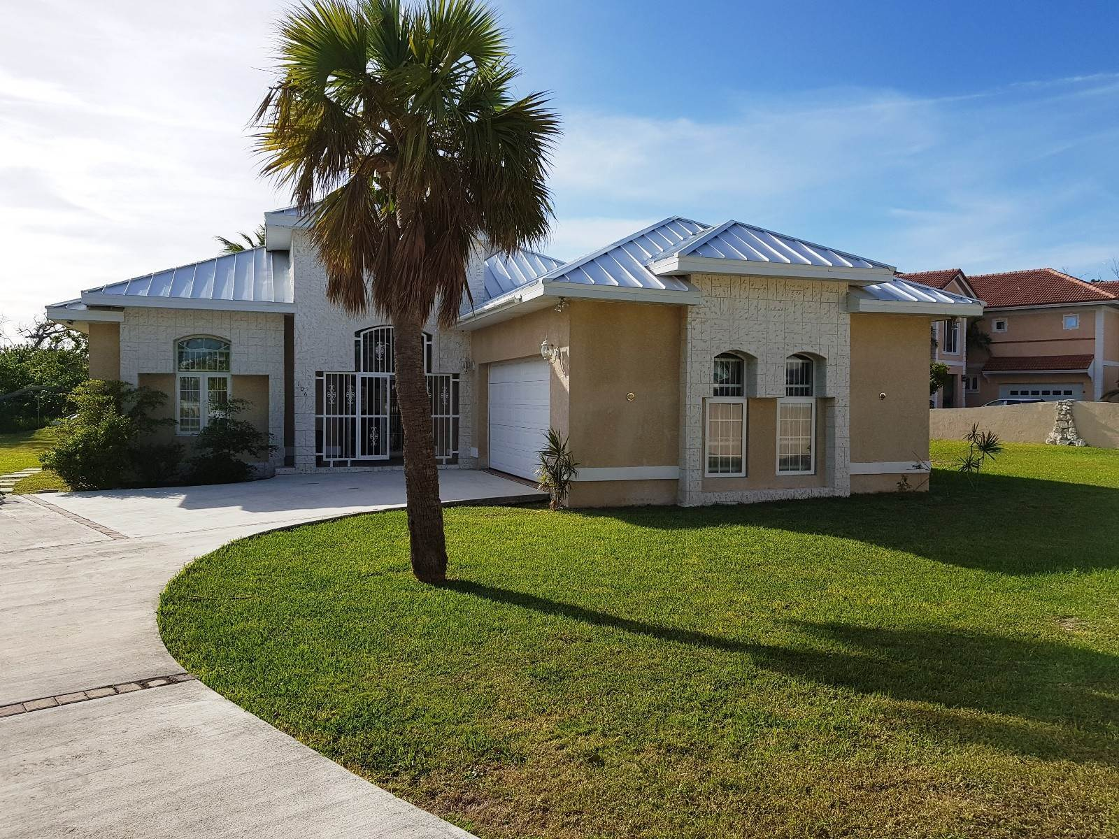 Single Family Homes for Sale at Great Home Near the Beach Lucayan Beach, Freeport And Grand Bahama, Bahamas