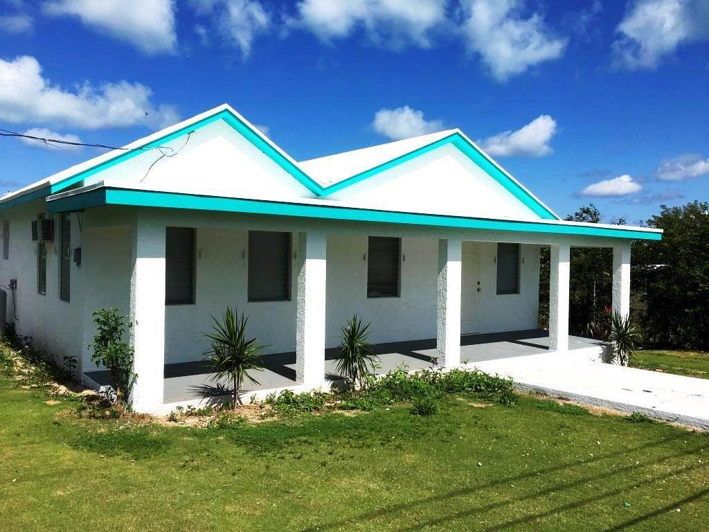 Single Family Homes for Sale at Charming Hill Top Cottage Spanish Wells, Eleuthera, Bahamas