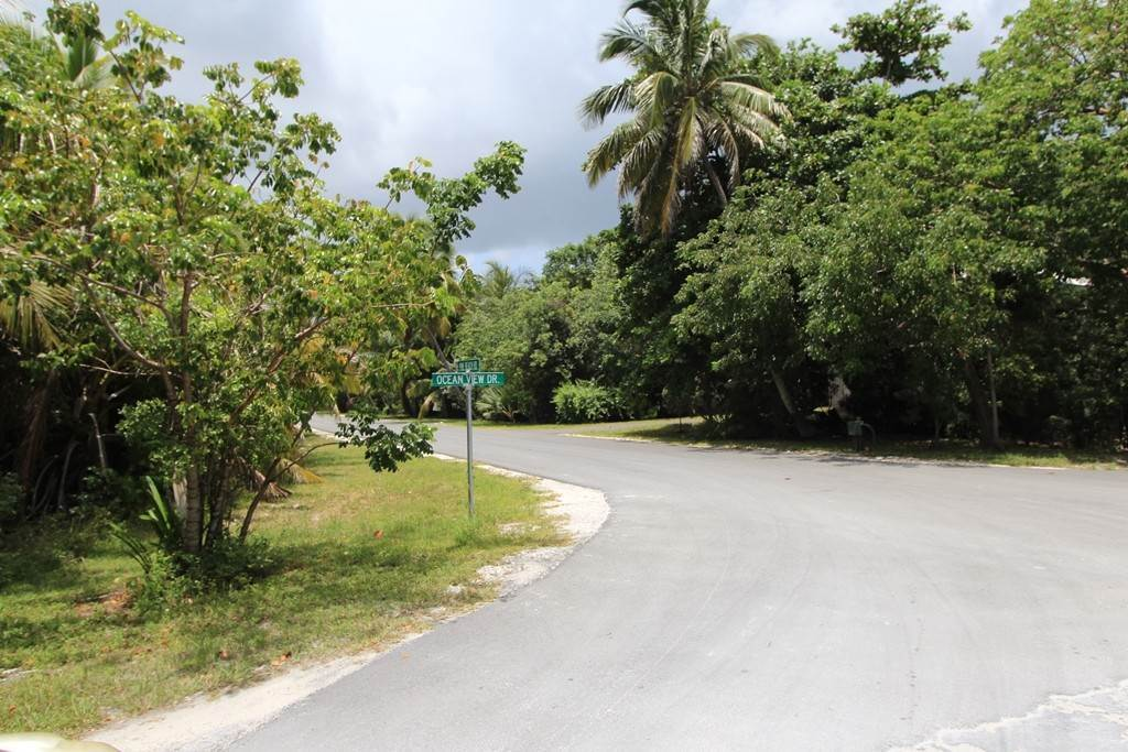 Terreno por un Venta en Large Lot Located near Bahama Palm Shores Beach MLS 34522 Bahama Palm Shores, Abaco, Bahamas