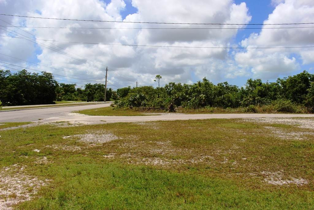 Terreno por un Venta en Single Family Lot on Yorkshire in Bahamia Bahamia, Gran Bahama Freeport, Bahamas