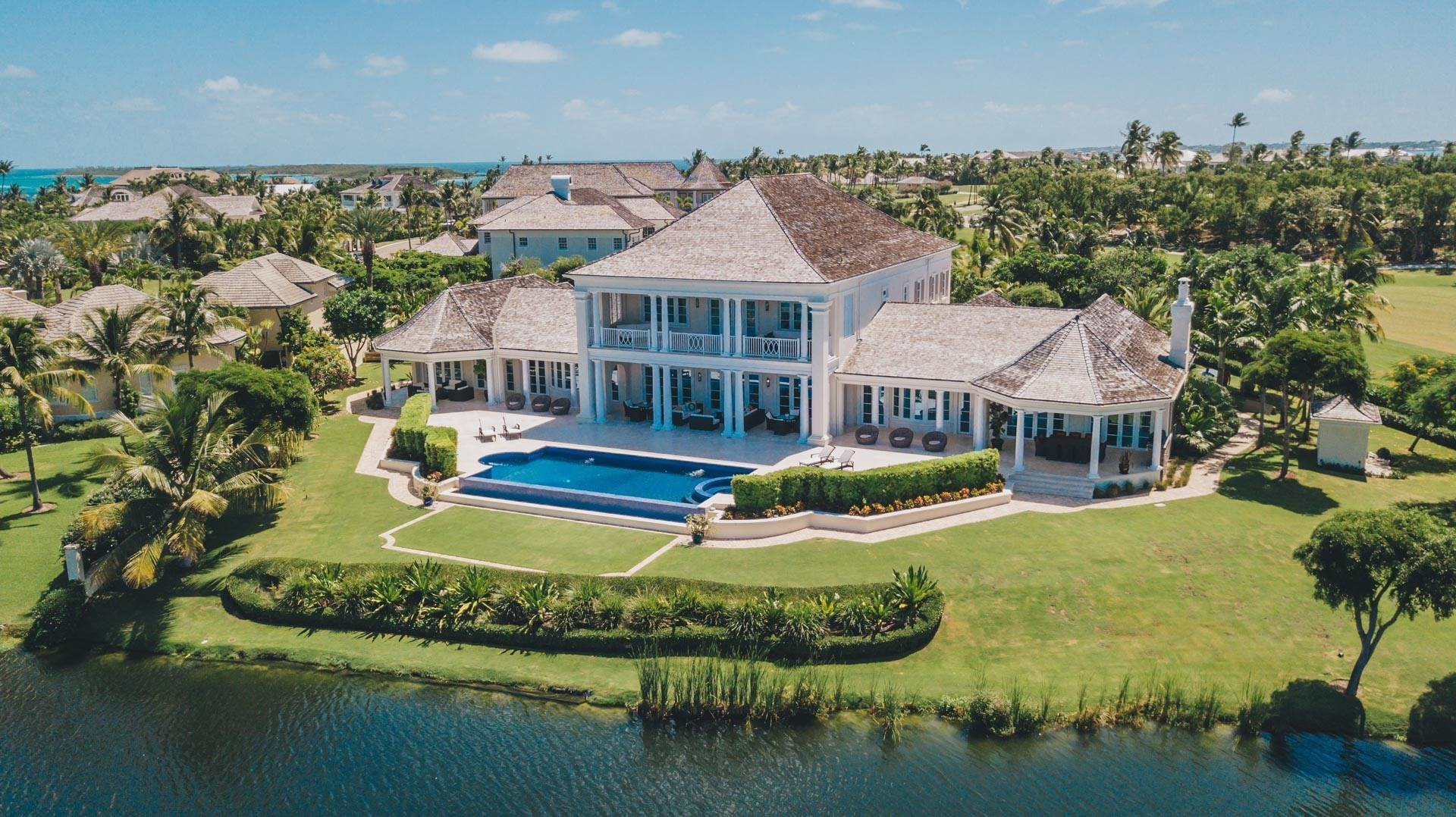 Single Family Homes for Sale at Grand Private Estate in the Ocean Club Ocean Club Estates, Paradise Island, Nassau And Paradise Island Bahamas
