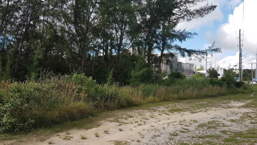 Land for Sale at John F. Kennedy Drive Lots High Point Estates, Nassau And Paradise Island, Bahamas