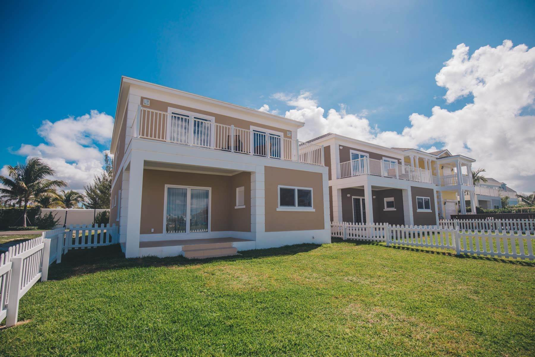 Single Family Homes for Sale at Modern 4 bedroom Home in Sandyport Sandyport, Cable Beach, Nassau And Paradise Island Bahamas