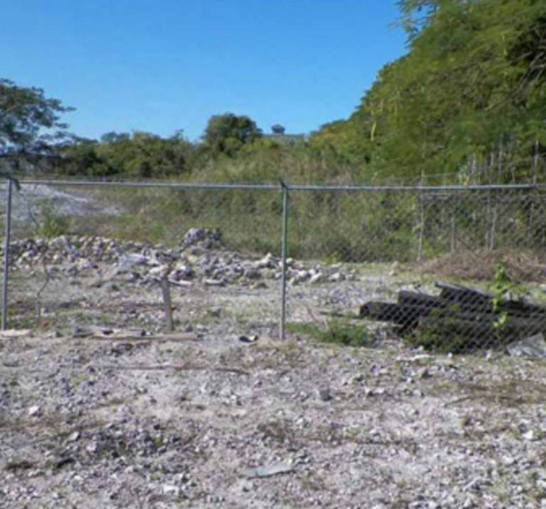 Commercial for Sale at Huge Half Acre Commercial Lot in Oakes Field Oakes Field, Nassau And Paradise Island, Bahamas