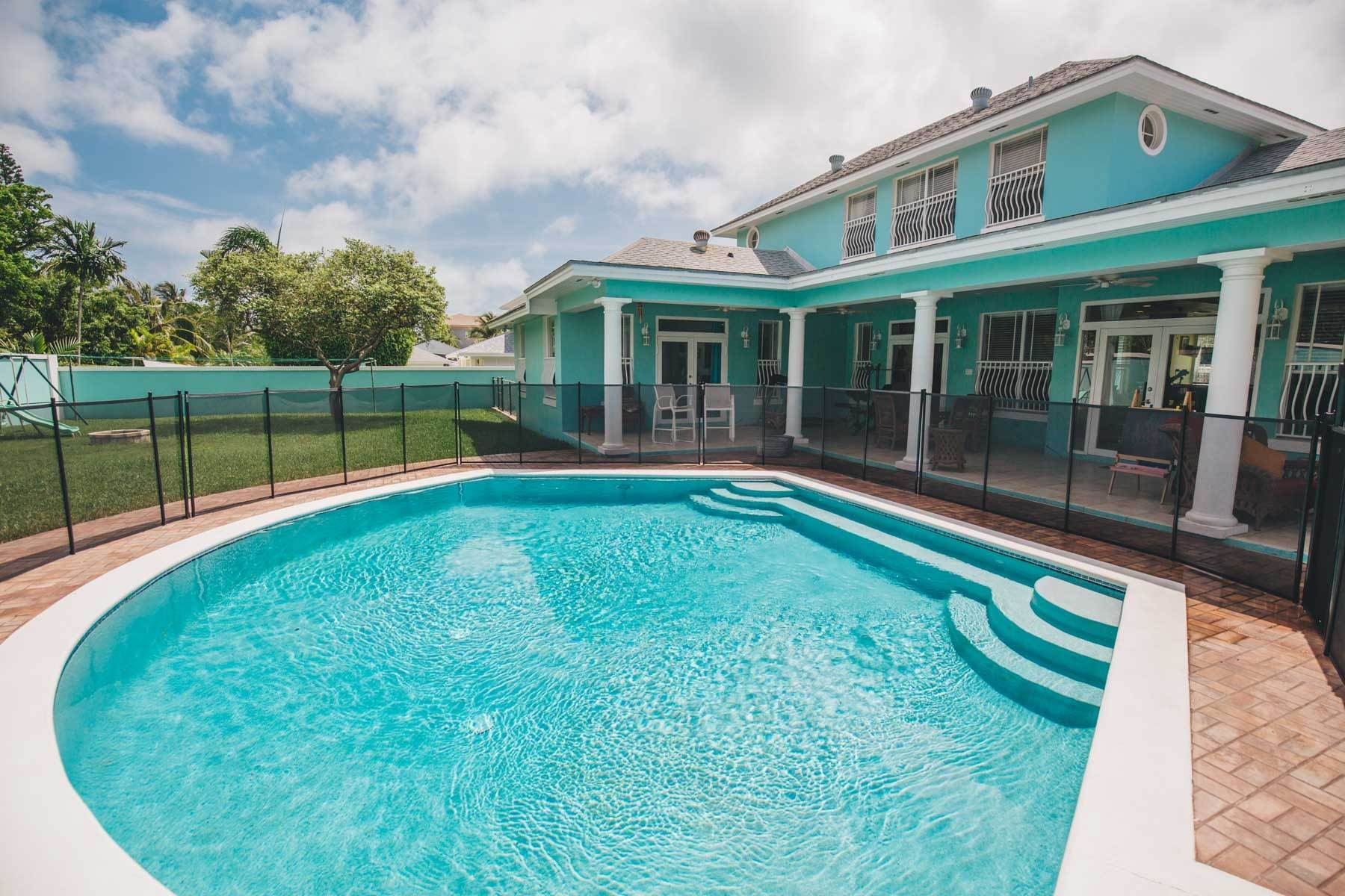 Single Family Homes for Sale at 12 Brigadoon Estates, New Providence - MLS 38243 Brigadoon Estates, Nassau And Paradise Island, Bahamas
