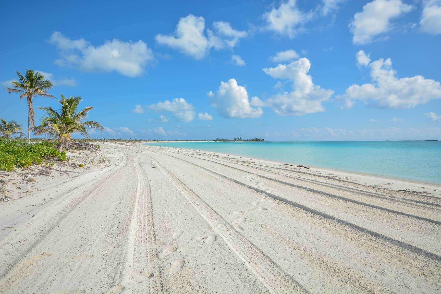 Land for Sale at Access Lot Number 3 Chub Cay, Berry Islands, Bahamas
