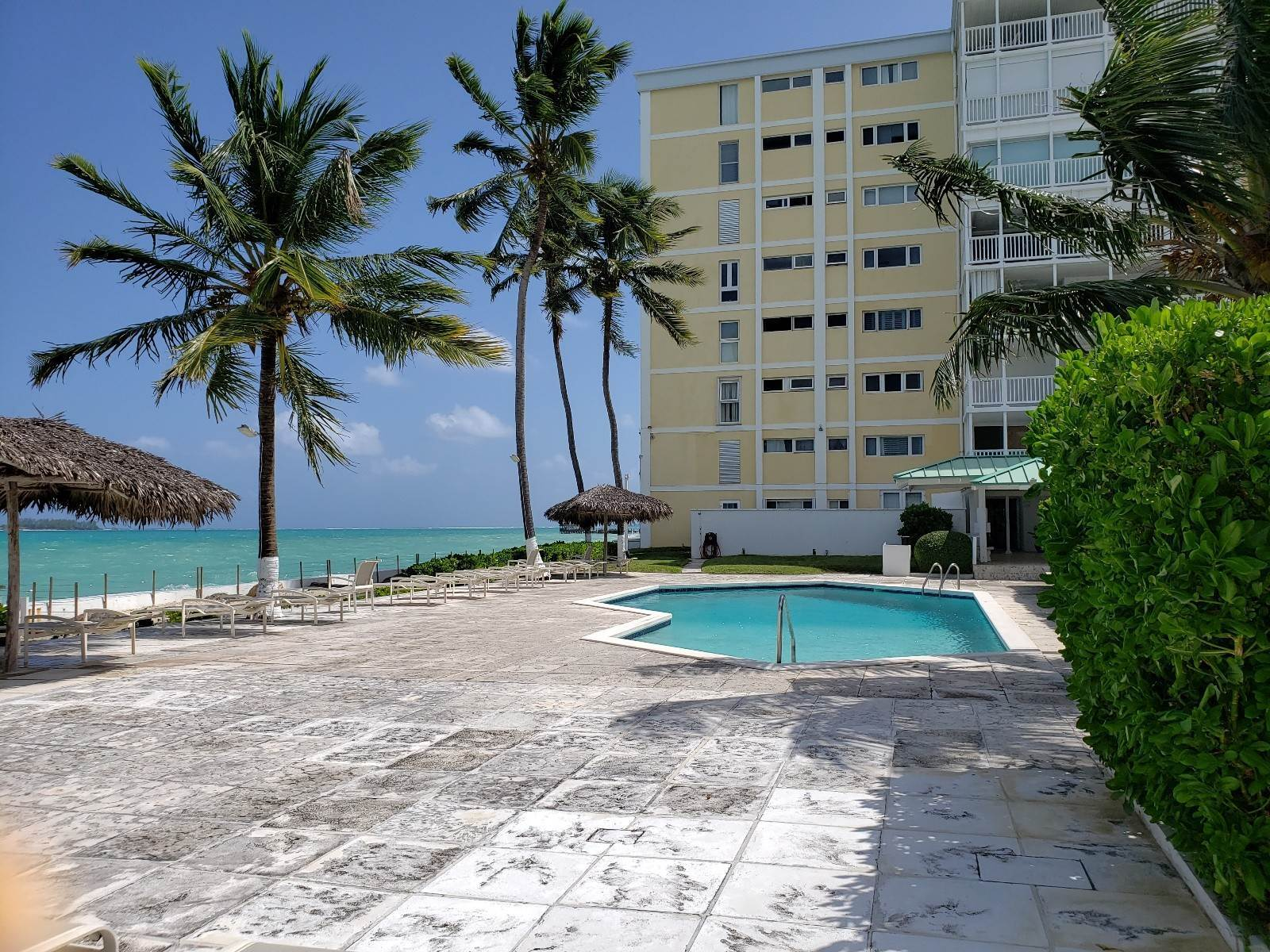 Co-op / Condo for Sale at Spacious 2-bed Conchrest Condo Conchrest, Cable Beach, Nassau And Paradise Island Bahamas