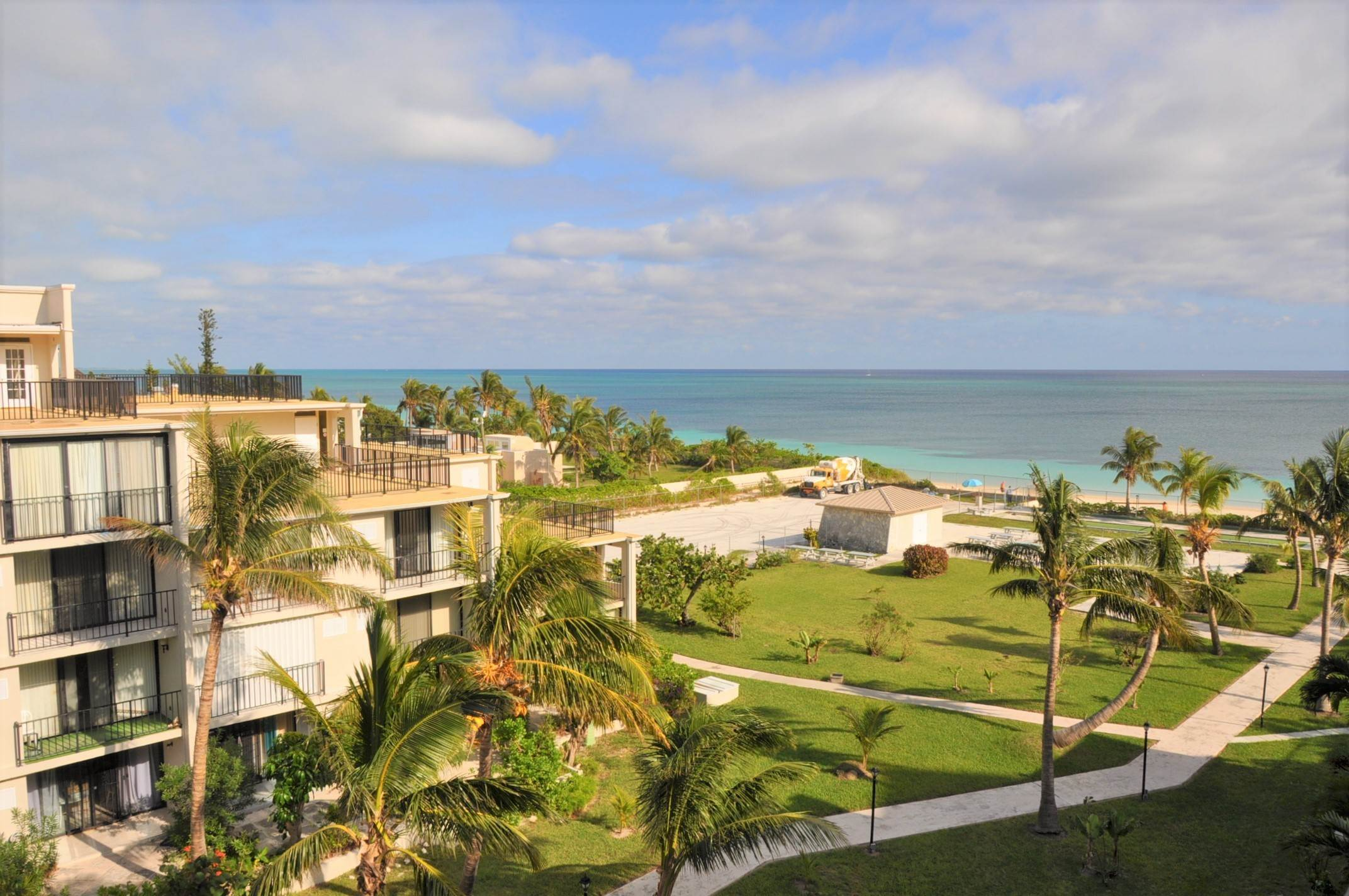 Co-op / Condo for Sale at Beachfront Condo for SALE or RENT with Fantastic Views! - MLS 39795 Lucayan Beach, Freeport And Grand Bahama, Bahamas