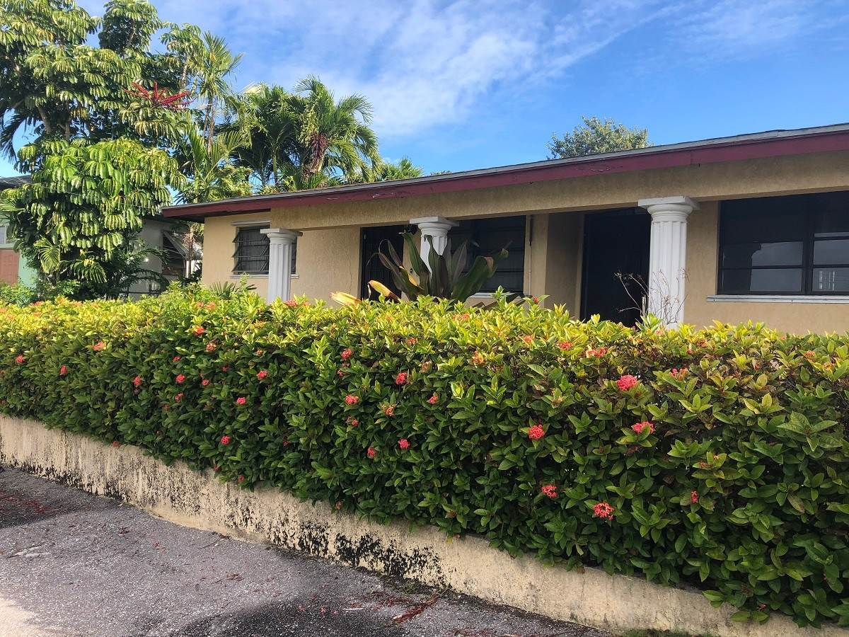 Single Family Homes for Sale at Stapledon Gardens Duplex - MLS 40266 Stapledon Gardens, Nassau And Paradise Island, Bahamas
