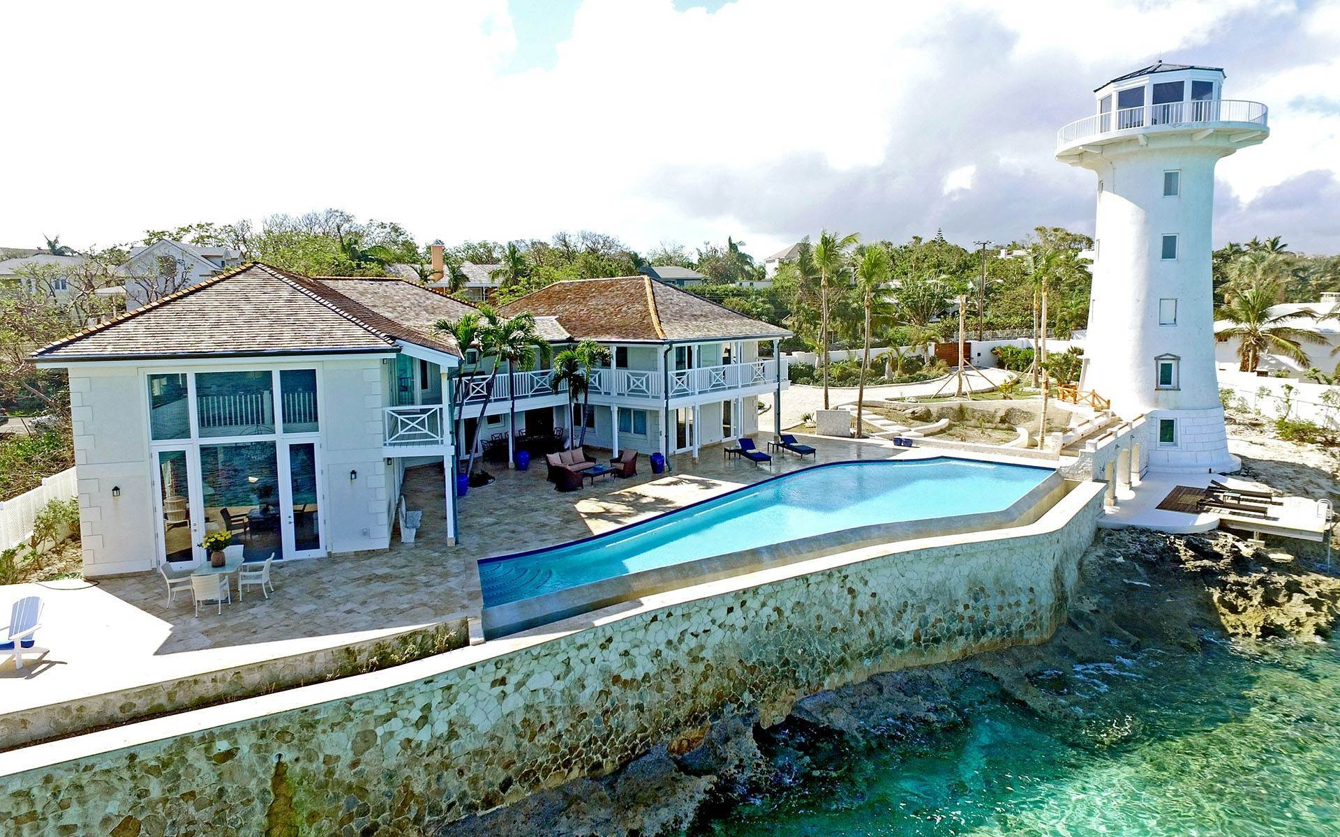 Single Family Homes for Sale at Solomon's Lighthouse - Waterfront Estate, Eastern Road - MLS 40121 Eastern Road, Nassau And Paradise Island, Bahamas
