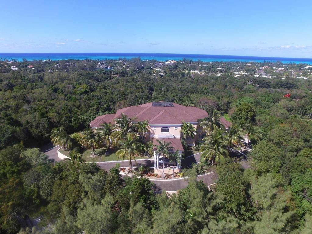 Single Family Homes for Sale at Elevated Lyford Cay Estate Home - MLS 41510 Lyford Cay, Nassau And Paradise Island, Bahamas