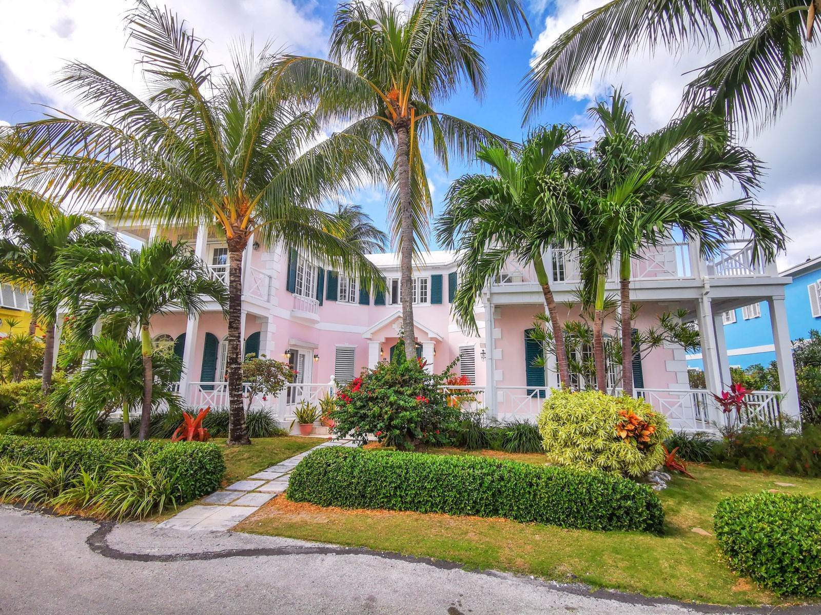 Single Family Homes for Sale at #53 Sandyport Residence - MLS 41822 Sandyport, Cable Beach, Nassau And Paradise Island Bahamas