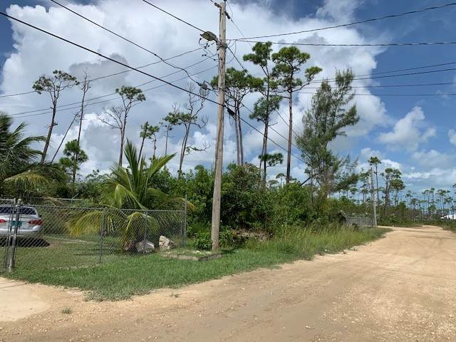 Terreno por un Venta en Yeoman Wood Single Family Property - MLS 41912 Yeoman Wood, Gran Bahama Freeport, Bahamas