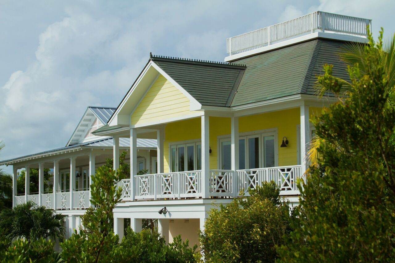 Single Family Homes for Sale at Beach Villa The Abaco Club Winding Bay - MLS 41921 Winding Bay, Abaco, Bahamas