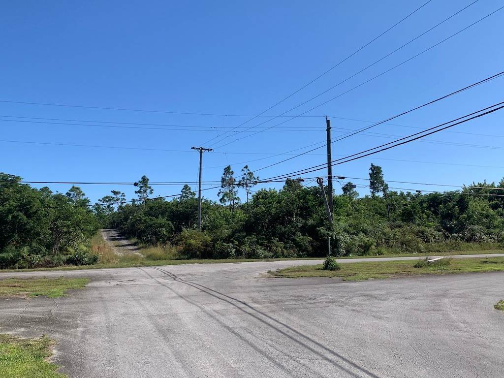 Land for Sale at Corner, Large Multifamily Property in Richmond Park - MLS 42195 Richmond Park, Freeport And Grand Bahama, Bahamas