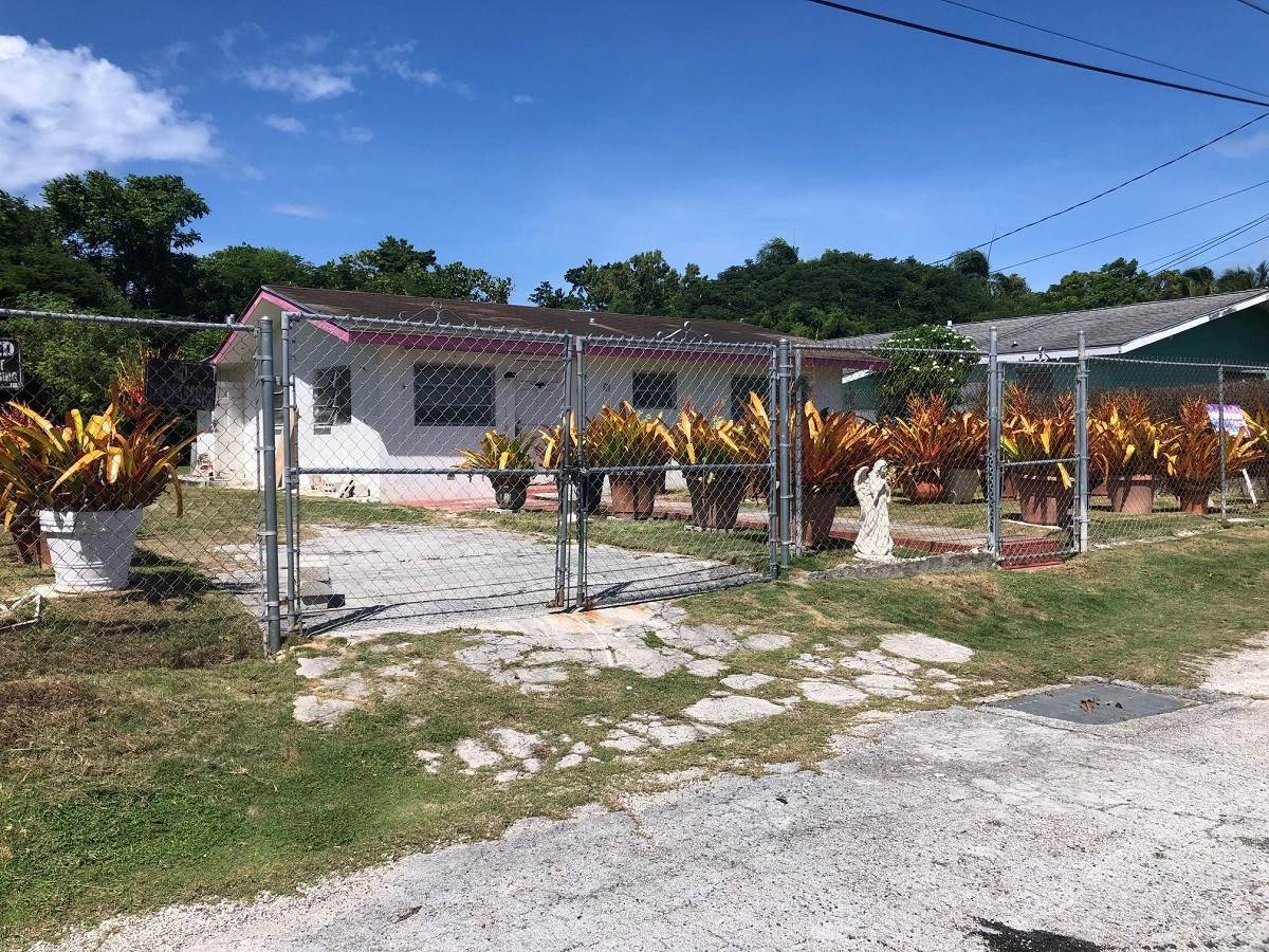 Single Family Homes for Sale at #35 Little Blair Estates Residence - MLS 42226 Blair Estates, Eastern Road, Nassau And Paradise Island Bahamas