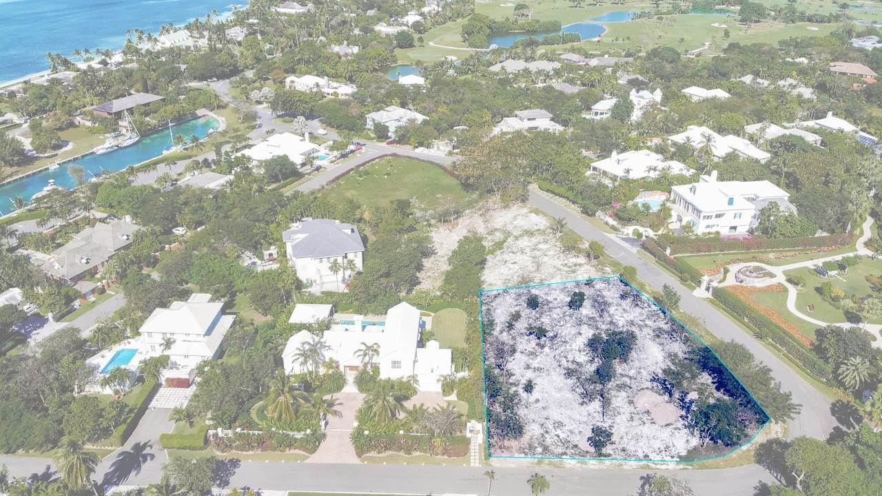 Land for Sale at Sea Views in Lyford Cay Lyford Cay, Nassau And Paradise Island, Bahamas