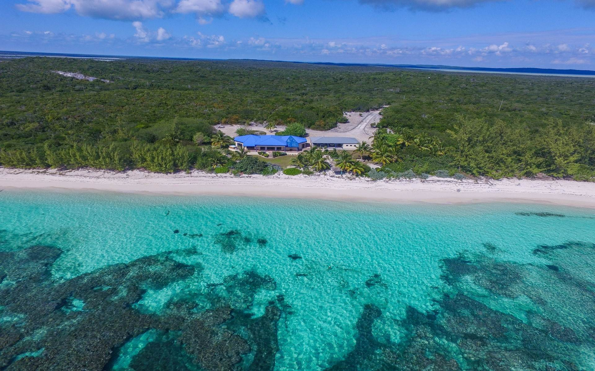 Single Family Homes for Sale at Charming beachfront house on 3.8 acres in South Cat Island - MLS 43585 Port Howe, Cat Island, Bahamas