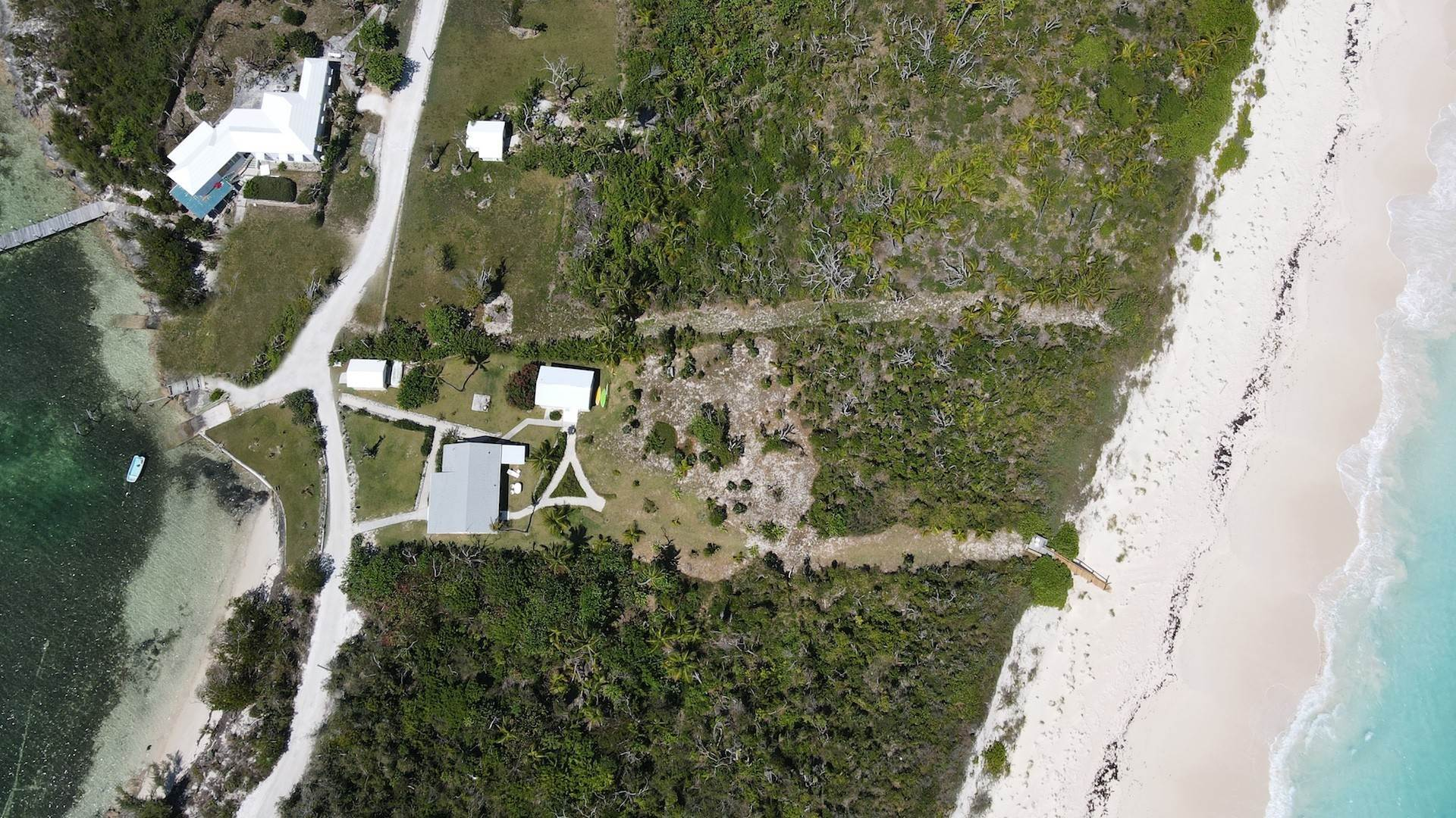 Single Family Homes por un Venta en Sea to Sea - MLS 43964 Elbow Cay Hope Town, Abaco, Bahamas
