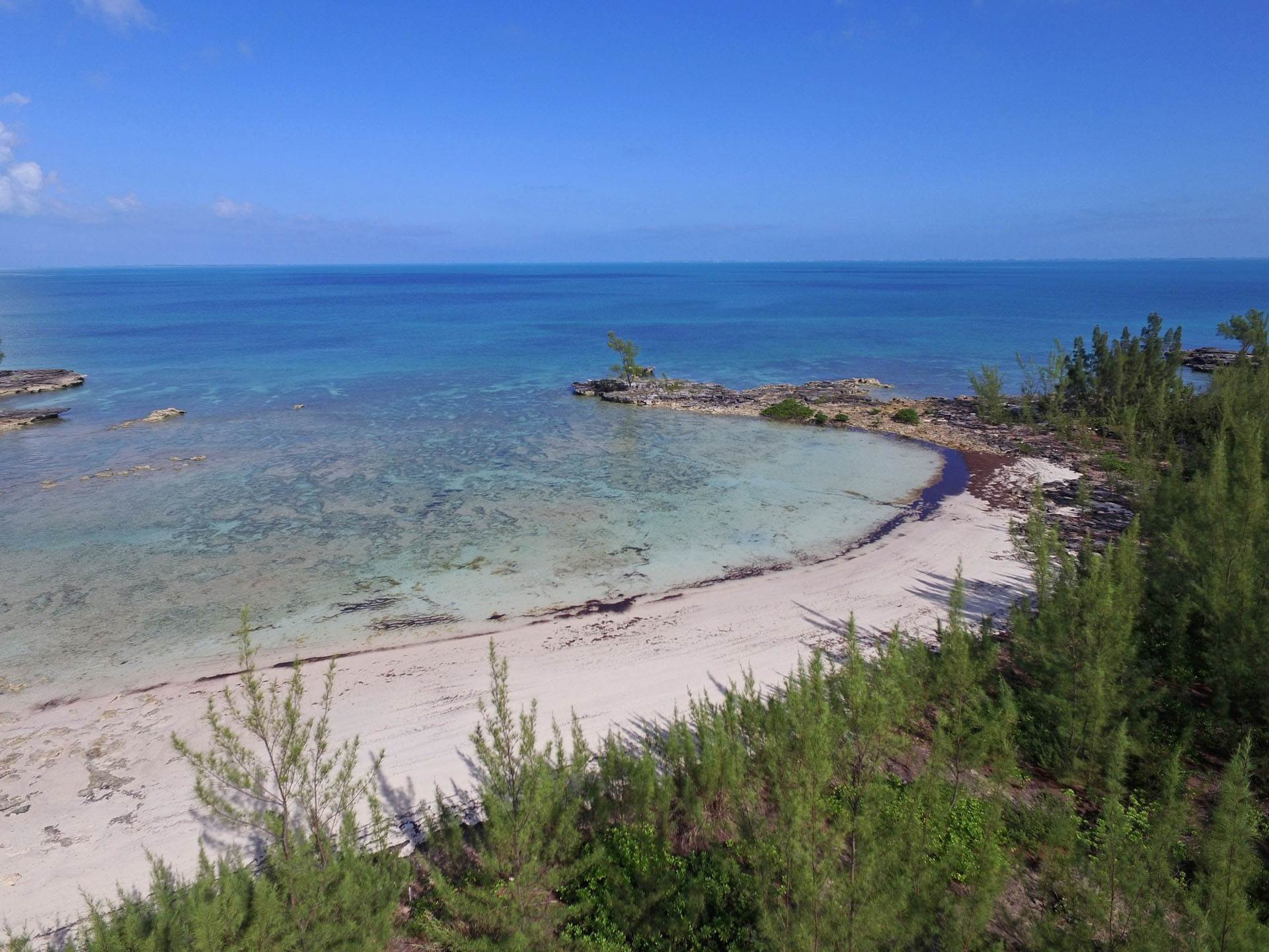 Terreno por un Venta en 2.257 Waterfront Acres, Central Abaco Island - Cabbage Point Parcel 2 - MLS 44256 Turtle Rocks, Abaco, Bahamas
