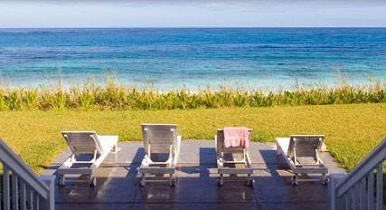 Single Family Homes por un Alquiler en Sunrise On The Beach - Please call us for availability! Orchid Bay, Guana Cay, Abaco Bahamas