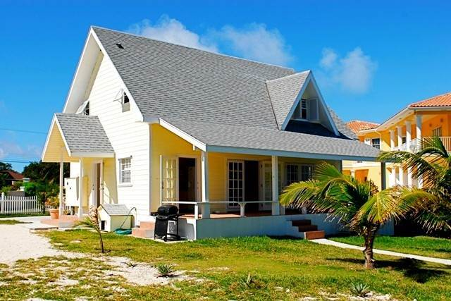Single Family Homes for Rent at Cozy Cottage Eastern Road, Nassau And Paradise Island, Bahamas