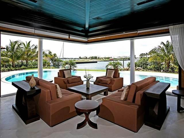 Single Family Homes for Rent at Capanna Lussa Ocean Club Estates, Paradise Island, Nassau And Paradise Island Bahamas