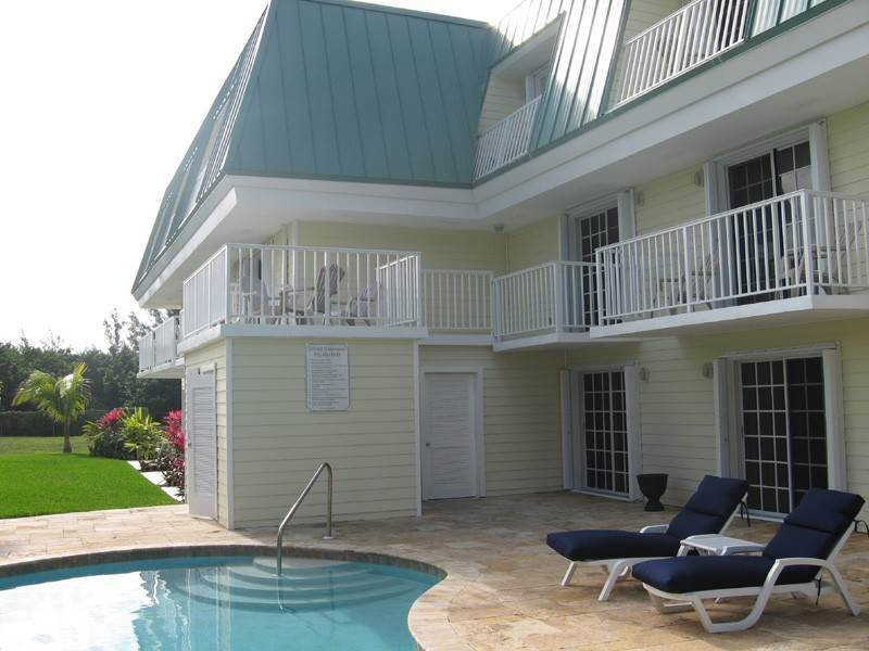 Co-op / Condo for Rent at Golf Course Condo Freeport And Grand Bahama, Bahamas