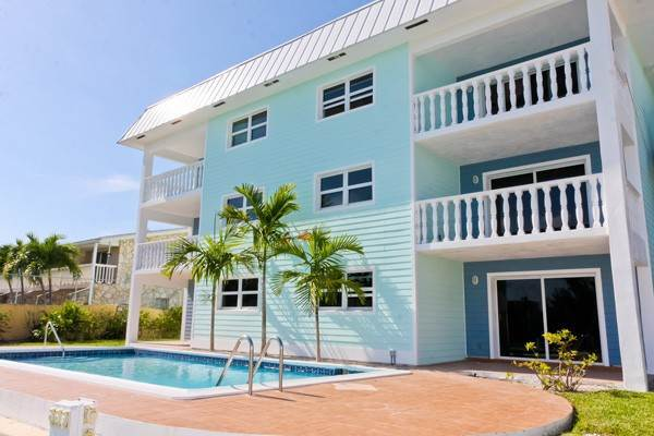Co-op / Condo for Rent at Gorgeous 2 Bed Condo on the Canal Freeport And Grand Bahama, Bahamas