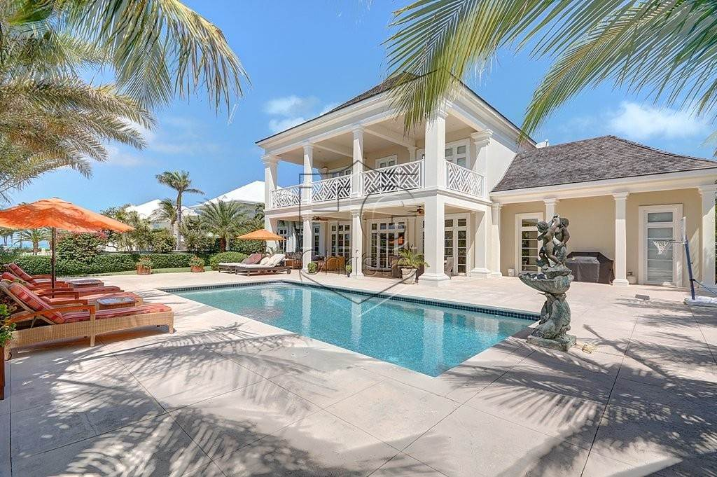 Single Family Homes for Rent at Contemporary Colonial in Ocean Club Estates Ocean Club Estates, Paradise Island, Nassau And Paradise Island Bahamas