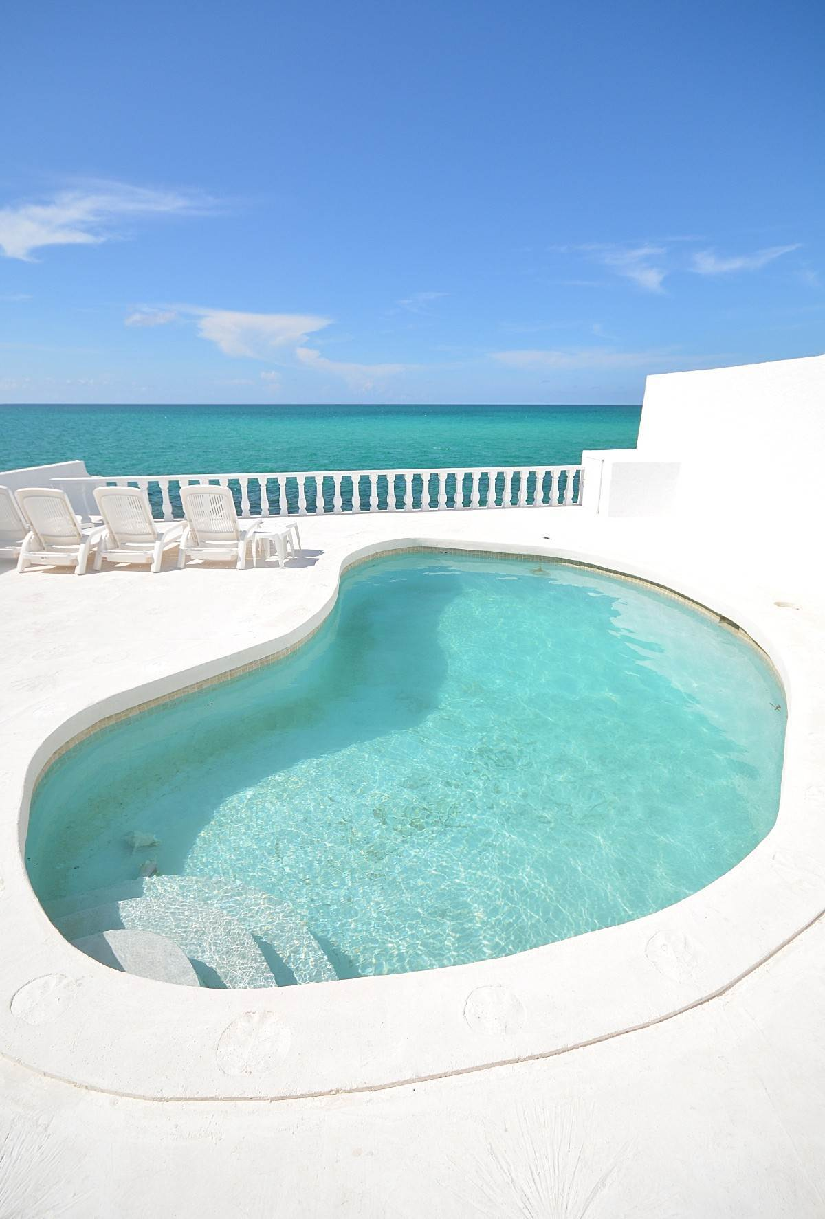 Single Family Homes for Rent at Caprice, Waterfront Home in Cable Beach with pool Caprice, Cable Beach, Nassau And Paradise Island Bahamas