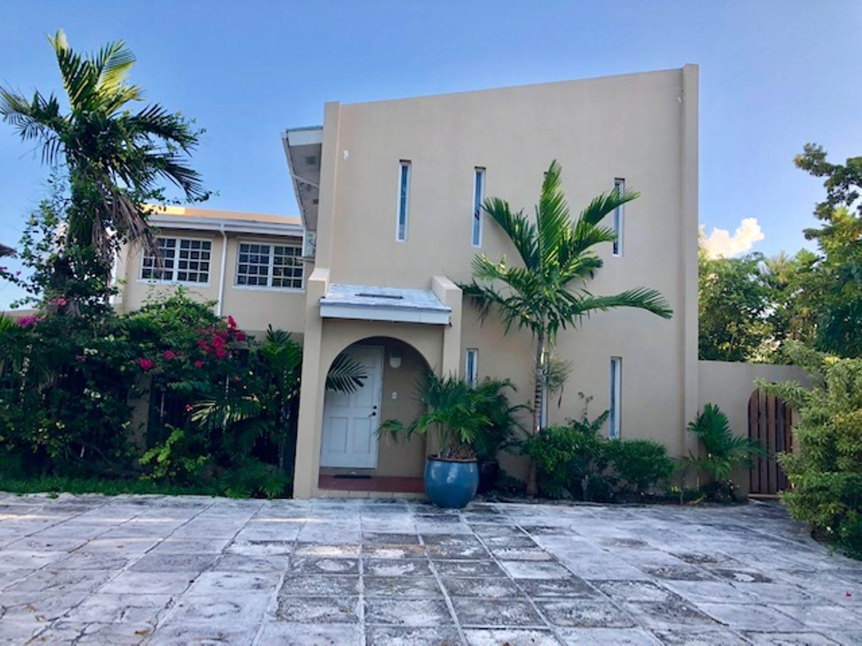 Single Family Homes for Rent at Cable Beach Home for Rent Cable Beach, Nassau And Paradise Island, Bahamas