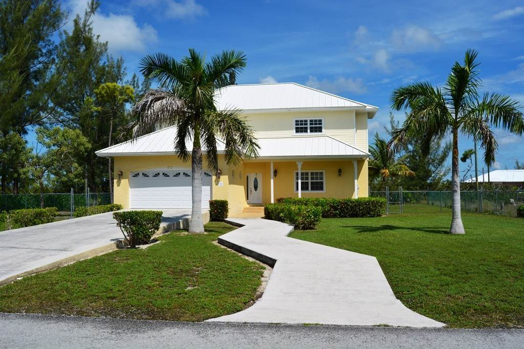 Single Family Homes por un Alquiler en Great Family or Executive Rental Home Lincoln Green, Gran Bahama Freeport, Bahamas
