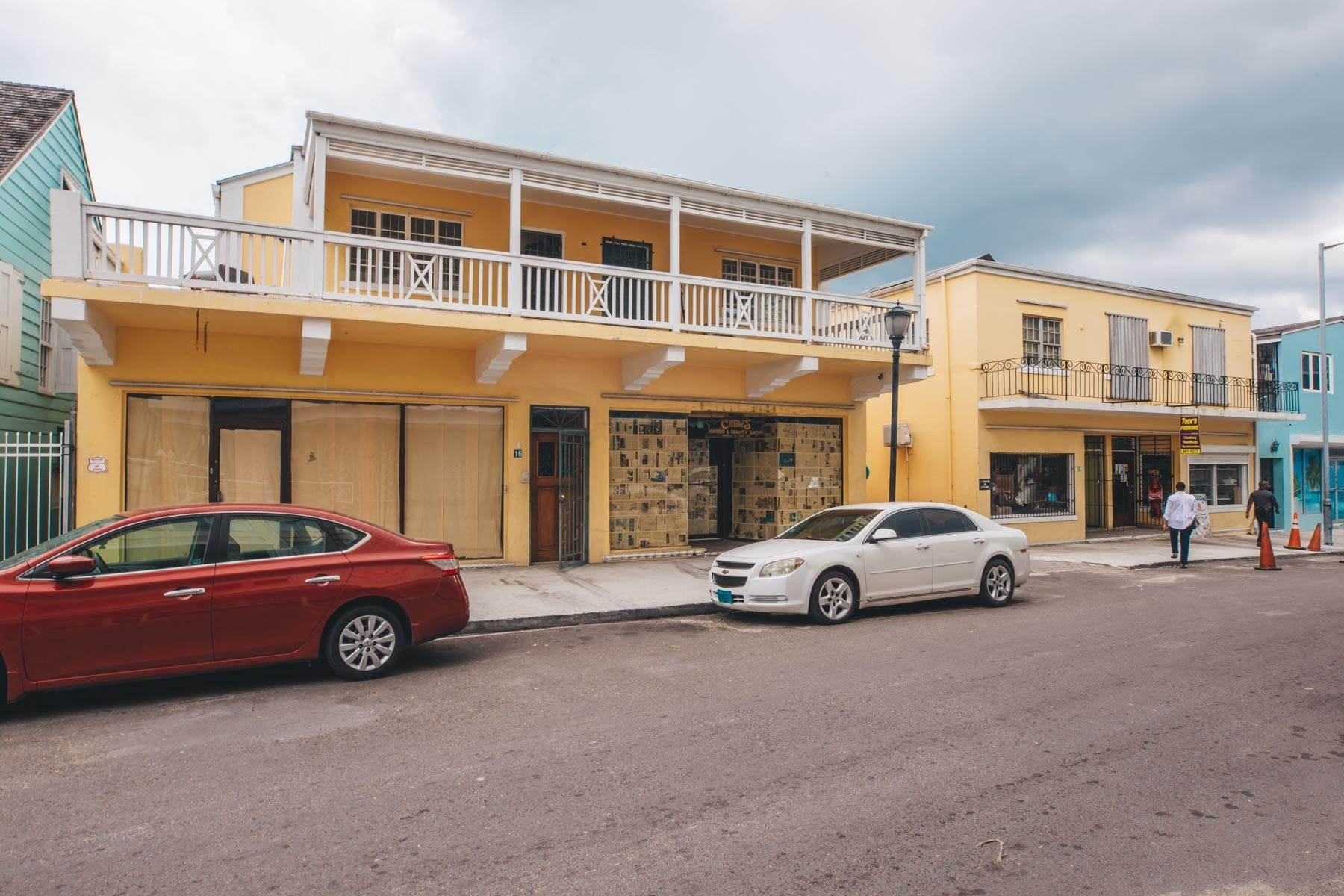 Commercial for Rent at Downtown Office Space With Parking Downtown, Nassau And Paradise Island, Bahamas