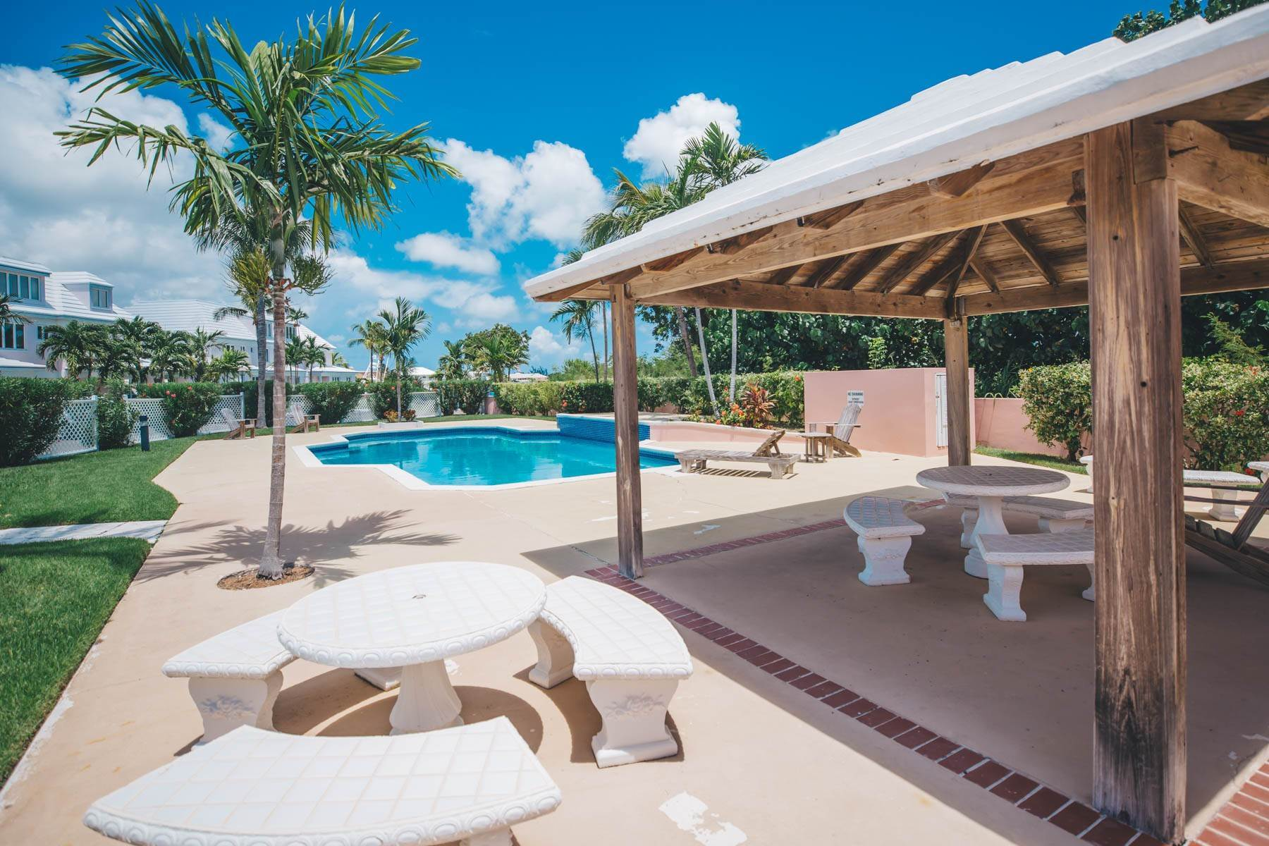 Co-op / Condo for Rent at #32 Seapointe, Exclusive Condo in Port New Providence - MLS 42138 St Andrews Beach, Yamacraw, Nassau And Paradise Island Bahamas