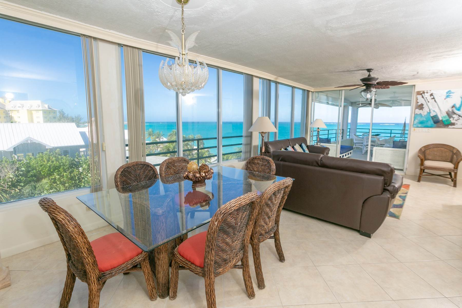 Co-op / Condominio por un Alquiler en Beautiful Vista Bella Penthouse - MLS 43024 Vista Bella, Cable Beach, Nueva Providencia / Nassau Bahamas