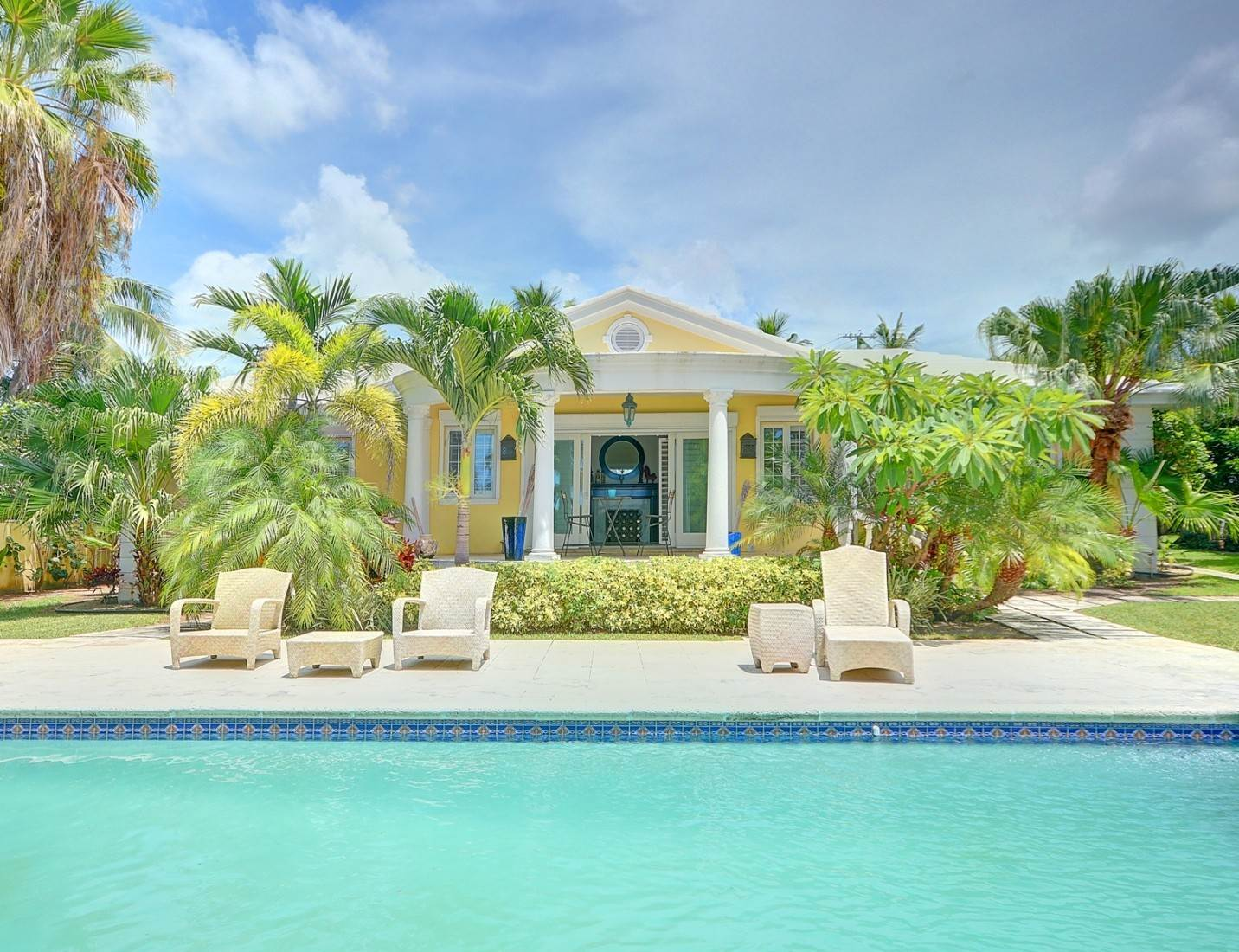Single Family Homes for Rent at Lovely Ocean View Home near Baha Mar Cable Beach, Nassau And Paradise Island, Bahamas