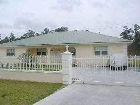 Multifamiliar por un Alquiler en Brand New Apartment for Rent Lucauan Waterway, Gran Bahama Freeport, Bahamas