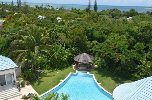 2. Single Family Homes for Sale at A One of a Kind Residence in Lyford Cay Lyford Cay, Nassau And Paradise Island, Bahamas