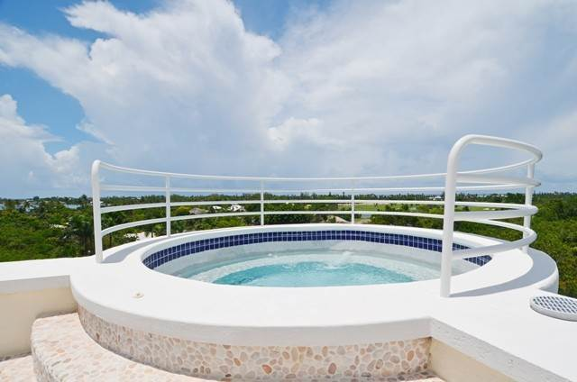 3. Single Family Homes for Sale at A One of a Kind Residence in Lyford Cay Lyford Cay, Nassau And Paradise Island, Bahamas