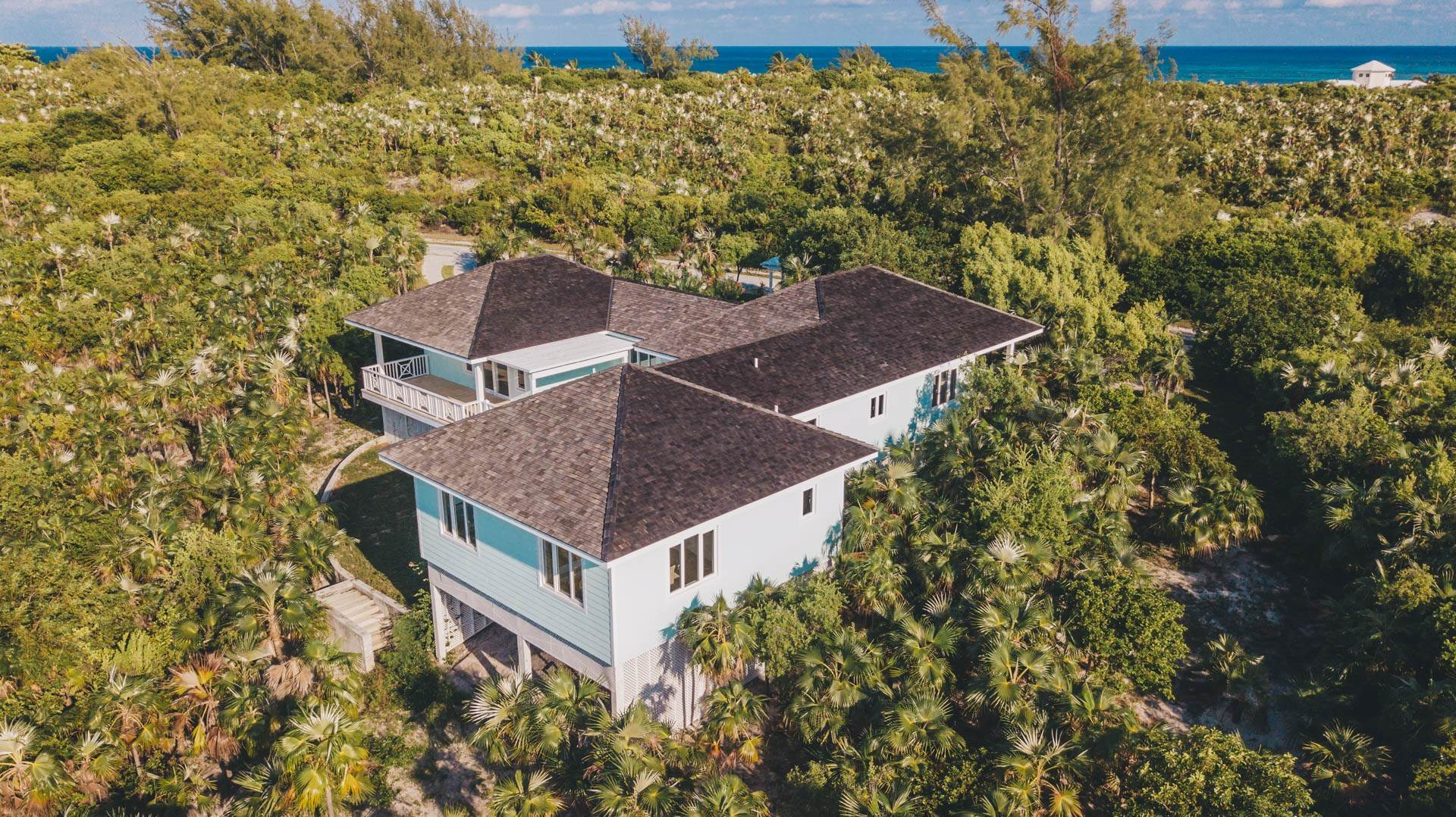 34. Single Family Homes for Sale at Savannah Sound Home - Windermere Island - MLS 44478 Windermere Island, Eleuthera, Bahamas