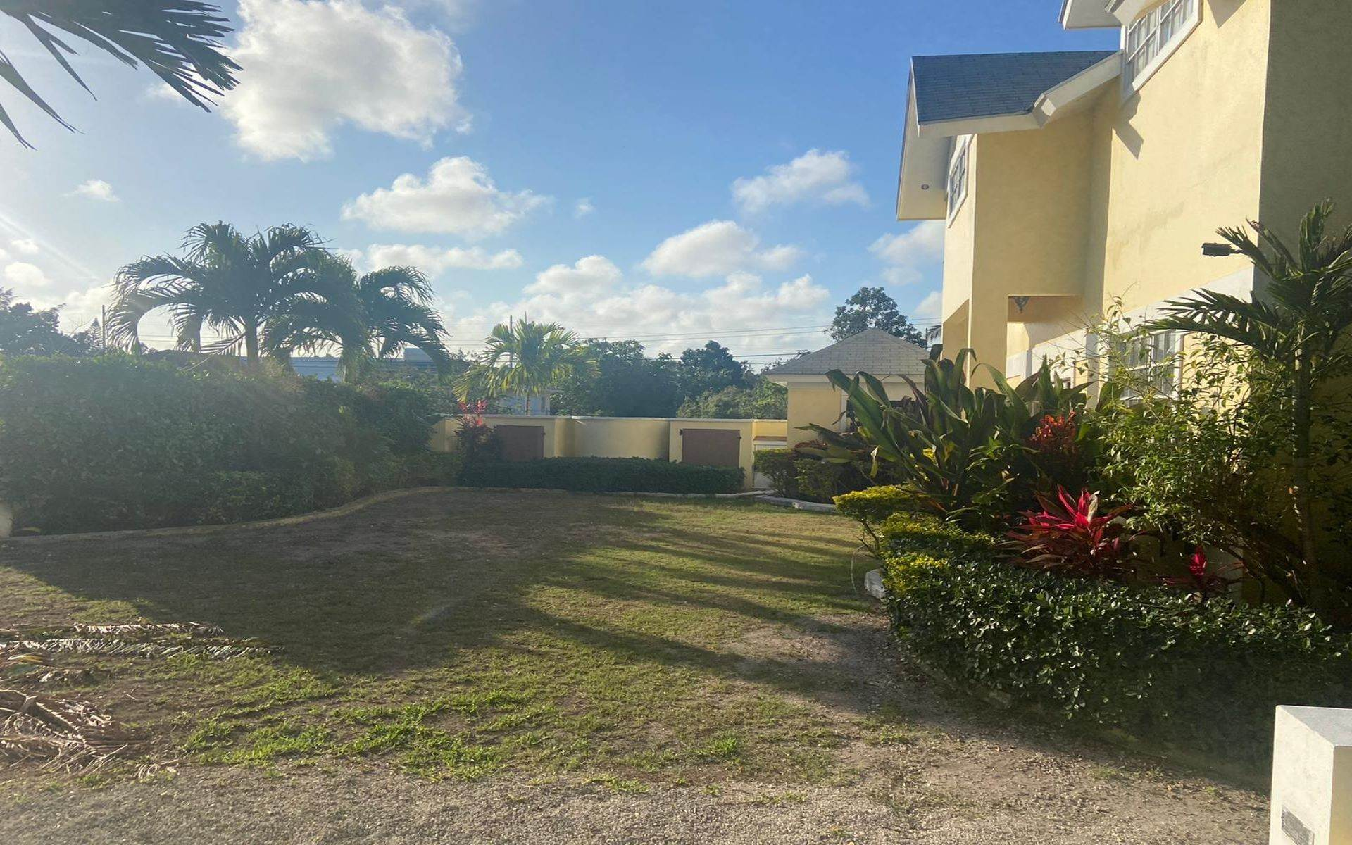 10. Co-op / Condominio por un Alquiler en Morning Glory - Supreme Turnkey all inclusive rental - MLS 43534 Marathon Estates, Nueva Providencia / Nassau, Bahamas