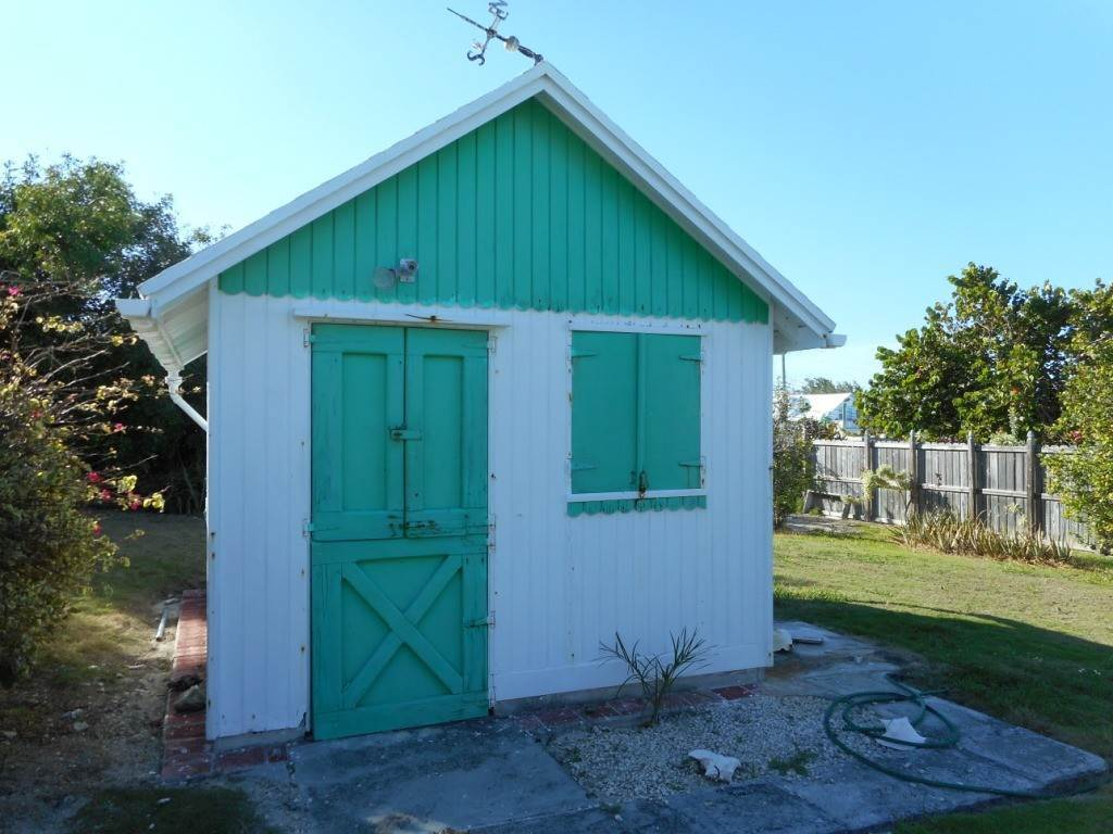10. Single Family Homes por un Venta en Spanish Wells Historic Cottage Spanish Wells, Eleuthera, Bahamas