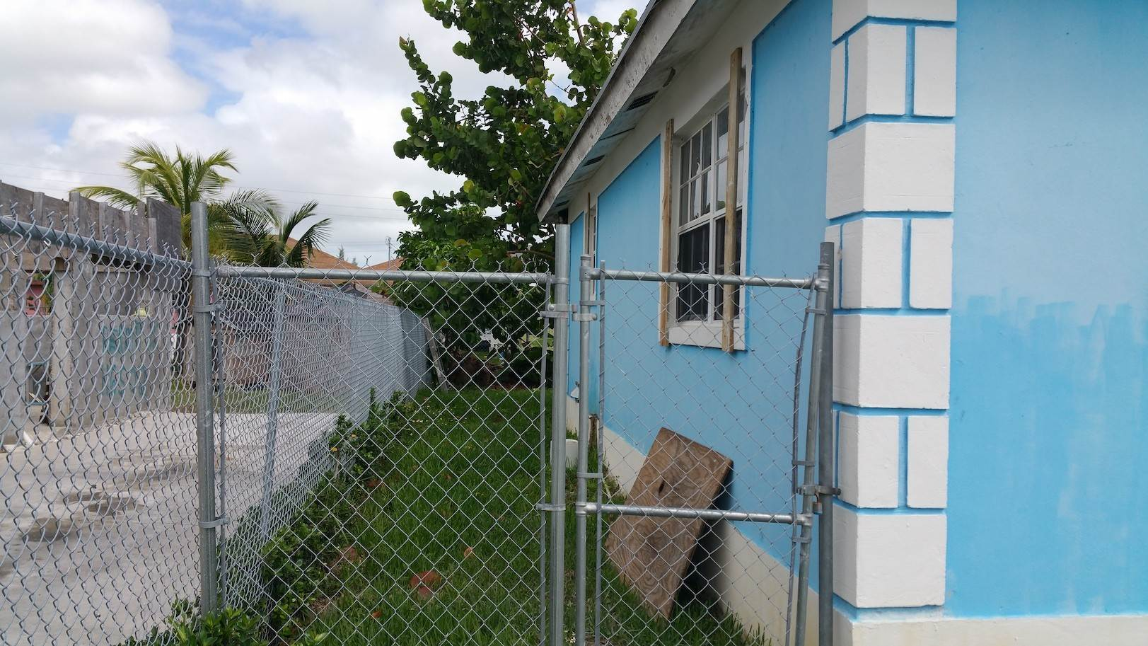 8. Single Family Homes for Sale at One of A Kind Residential Family Home in Faith Gardens Faith Gardens, Nassau And Paradise Island, Bahamas